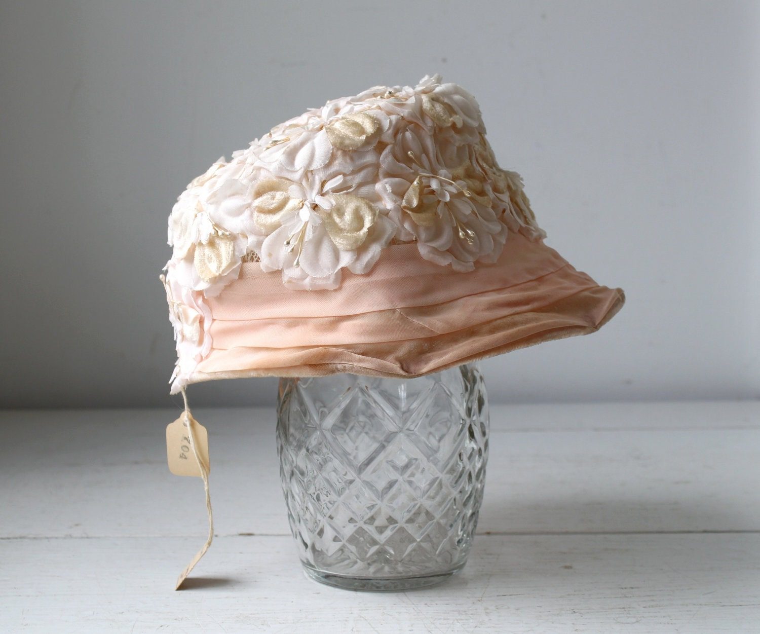 SALE vintage pink hat. 1950s new old stock / the WINTER PEACH bonnet - Luncheonettevintage