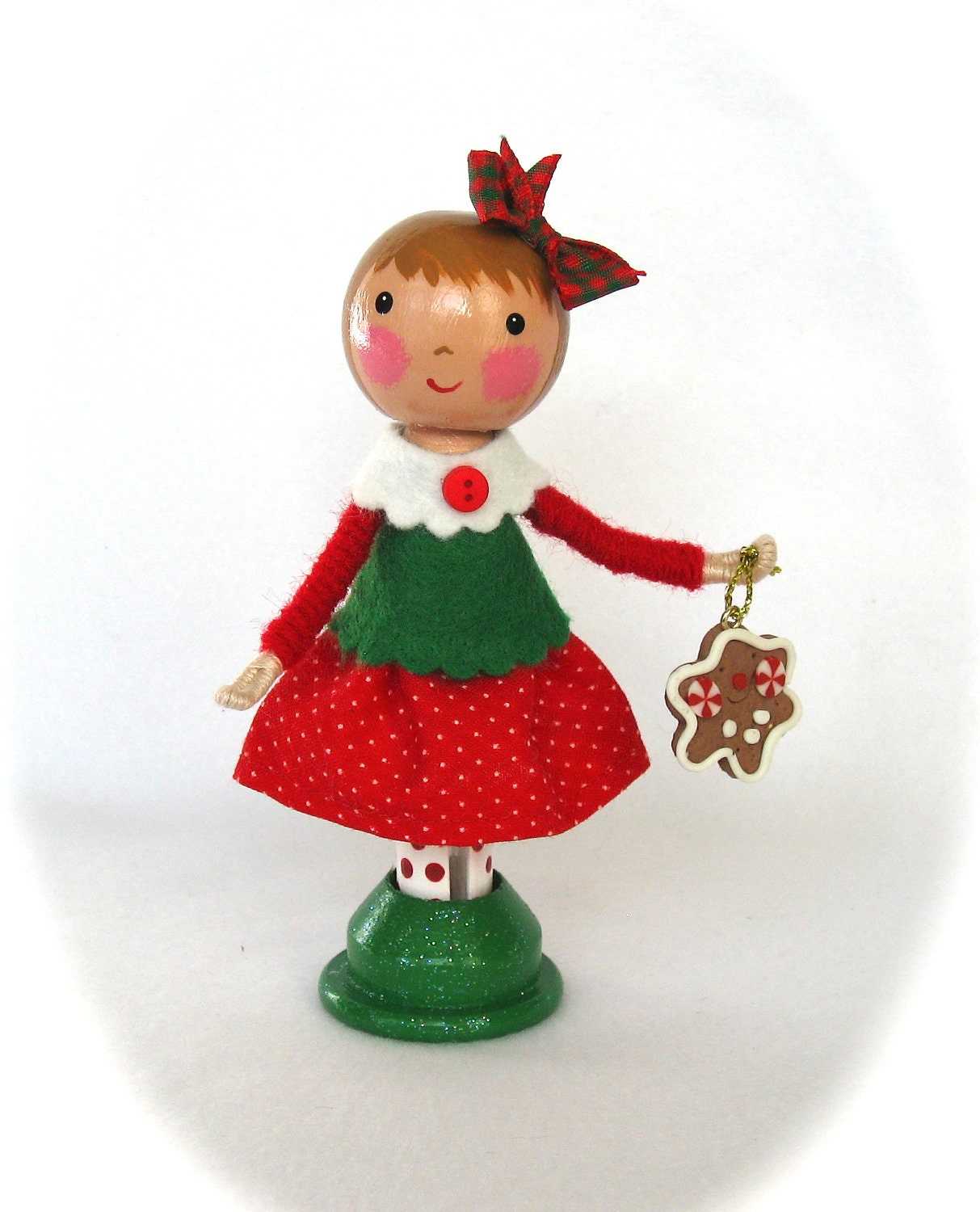 Clothespin Doll Christmas Girl Red and Green castteam - cottoncandydolls