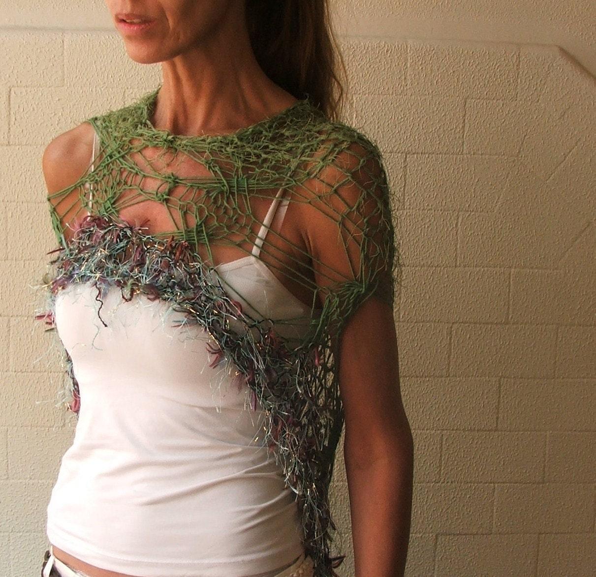 Green shawl poncho Vegas style