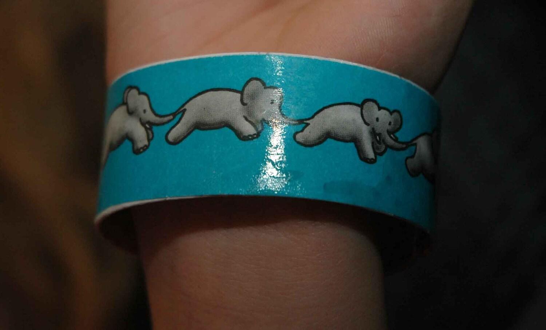 Elephant recycled plastic bracelet - RecycledArts