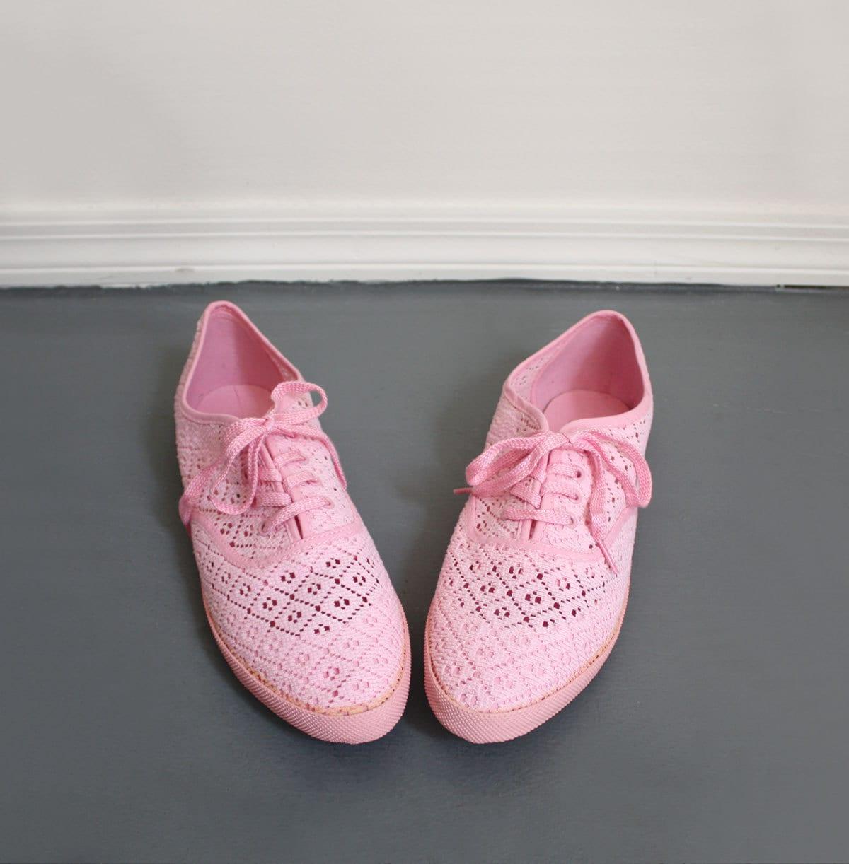 80s vintage PINK LACE tennis shoes 8 1/2 6 7