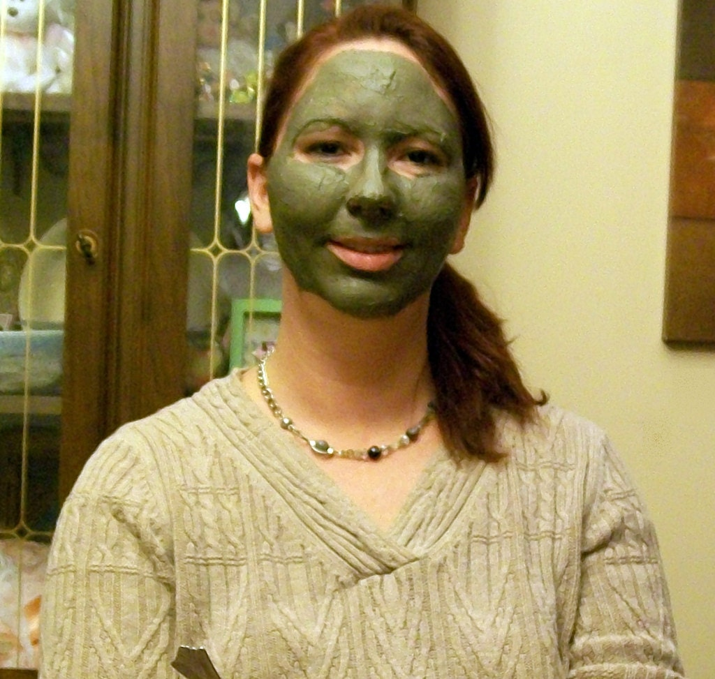 Hypo Allergenic Dead Sea Mineral Mud Facial Mask for Oily, and Acne Prone Skin
