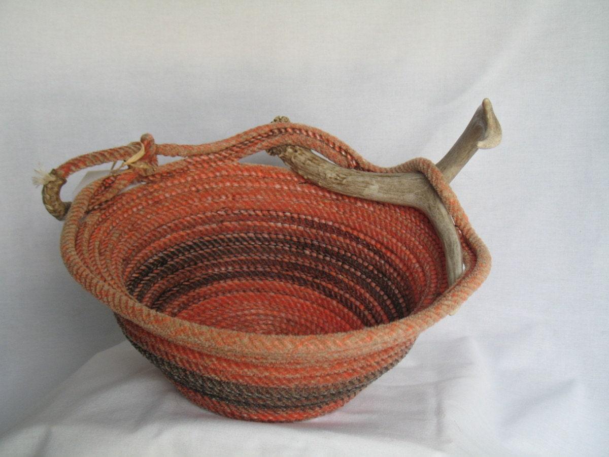 Handmade Rope Basket : Upcycled handmade lasso rope basket with deer antler by