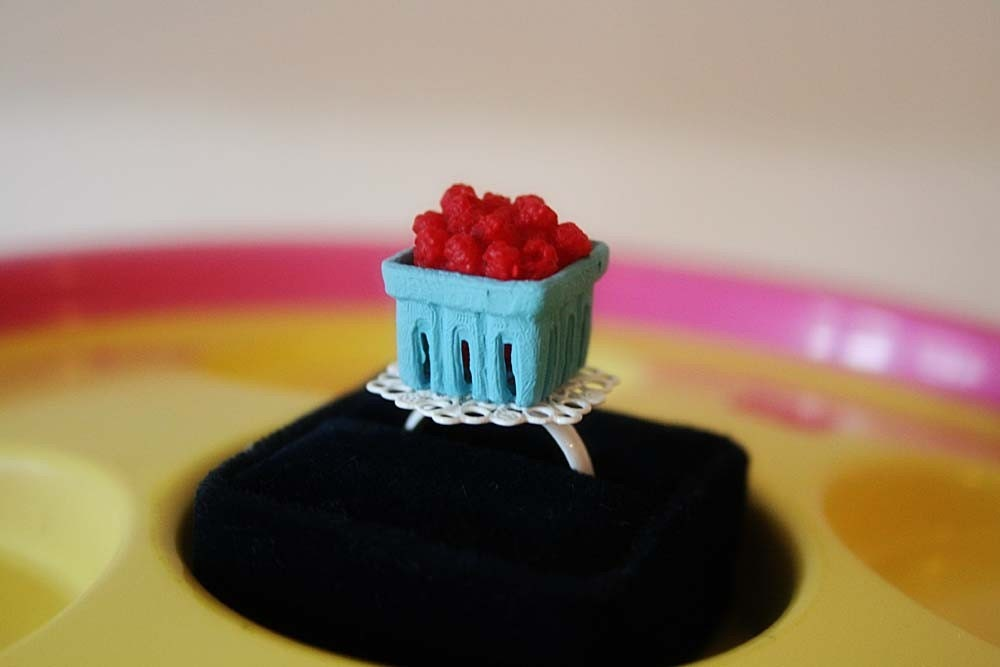 Raspberries or Blackberries in a blue punnet cardbord container ring (Pick your choice)