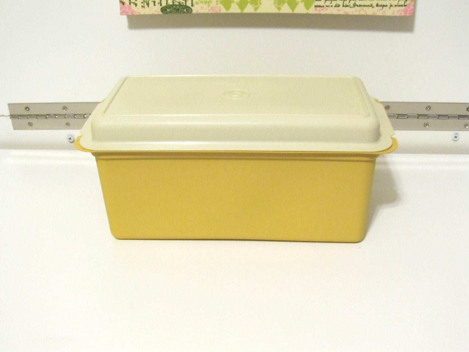 Vintage tupperware 1 lb loaf bread box by nonisvintagedelights for Ancienne maison knives