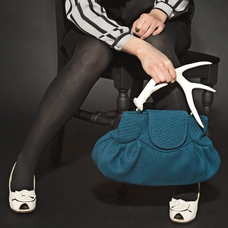 Rich in Craft - Folie a Deux Limited Edition Antler Handbag. Peacock Blue Quilted Wool with White Handle. 34 of 36
