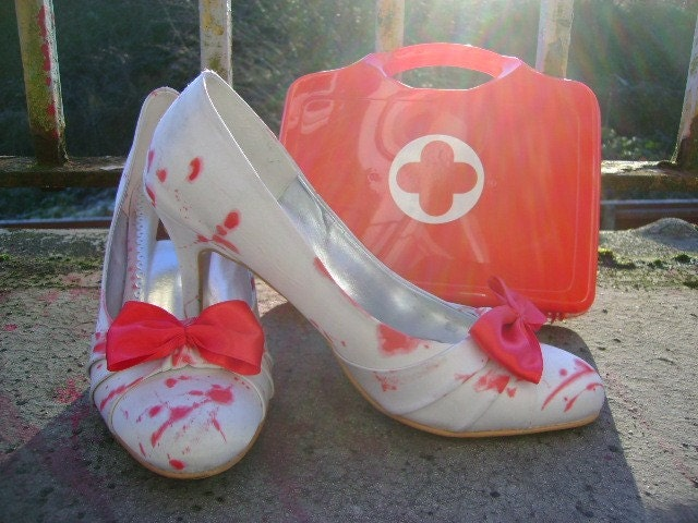 my BLOODY VALENTINE white and red blood splattered zombie bride SHOES eur 39 uk 6