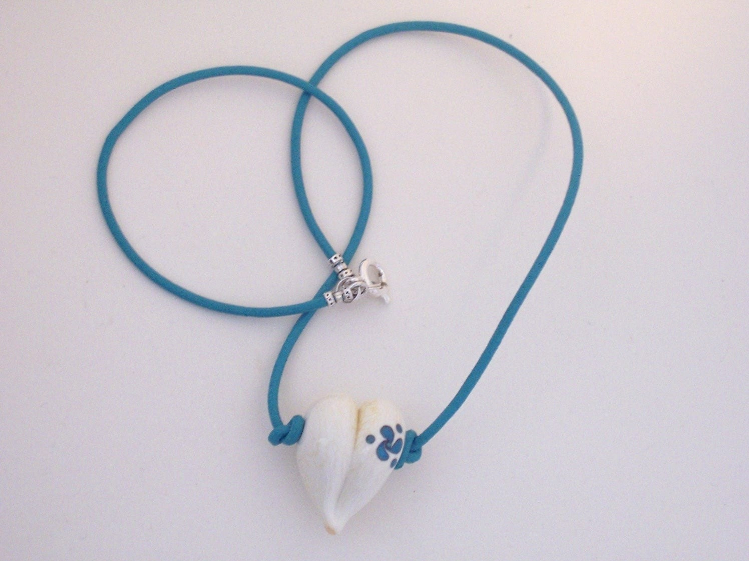 Turquoise Twist Heart Leather Cord ssdM493