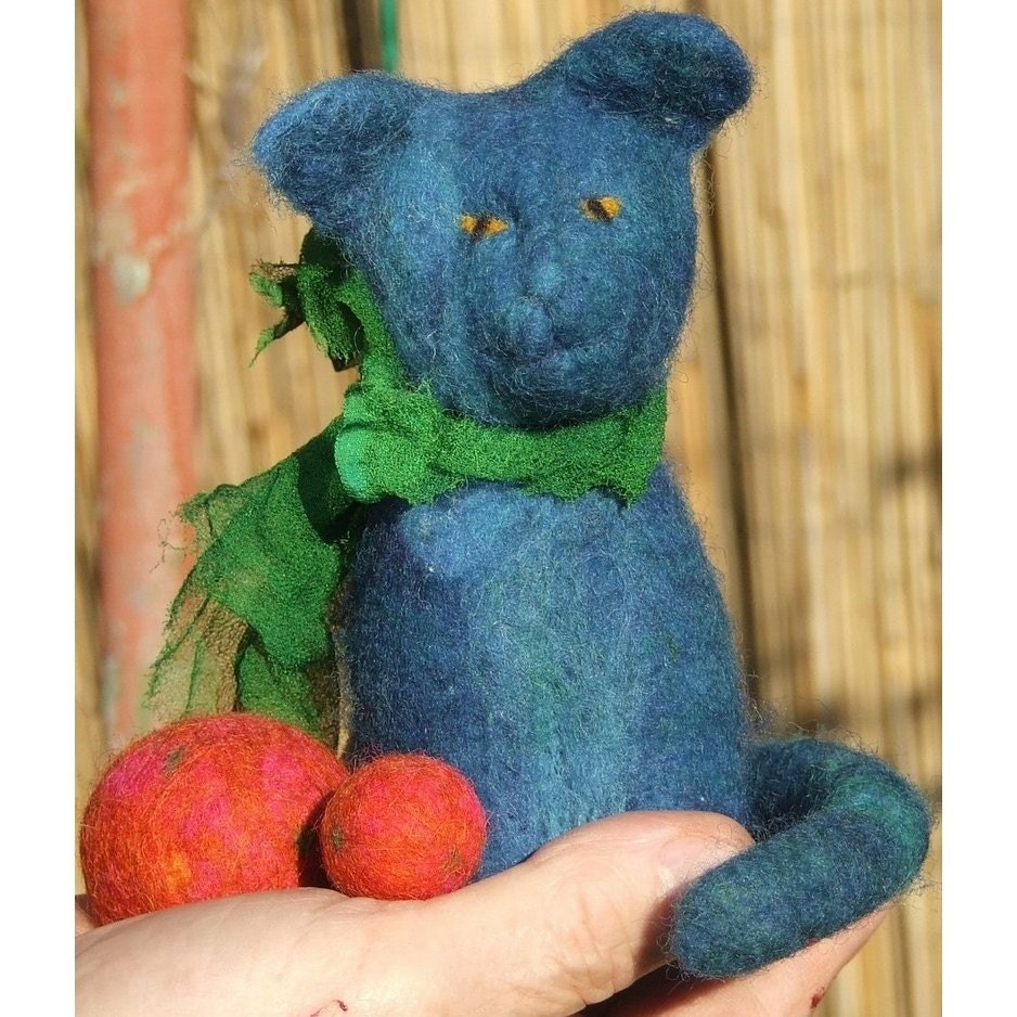 Blue cat by geklara on Etsy