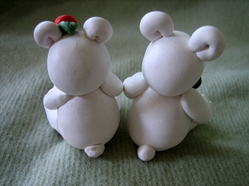 White Bear Wedding Cake Topper