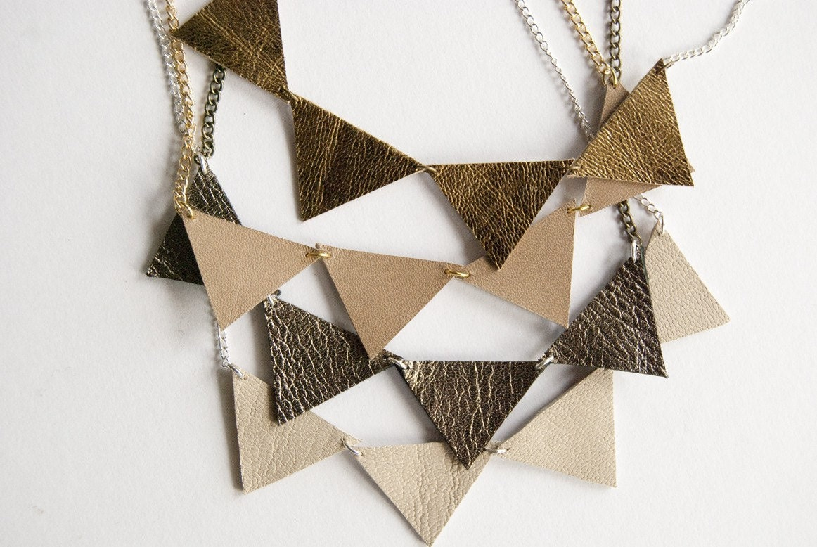 Bunting necklace in Golden Girl