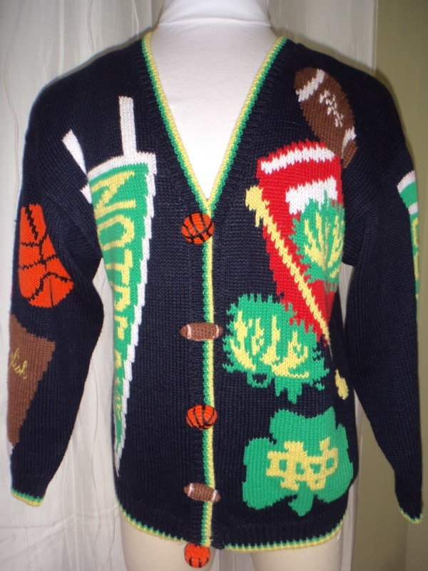 Notre dame christmas sweater – Modern clothing designers