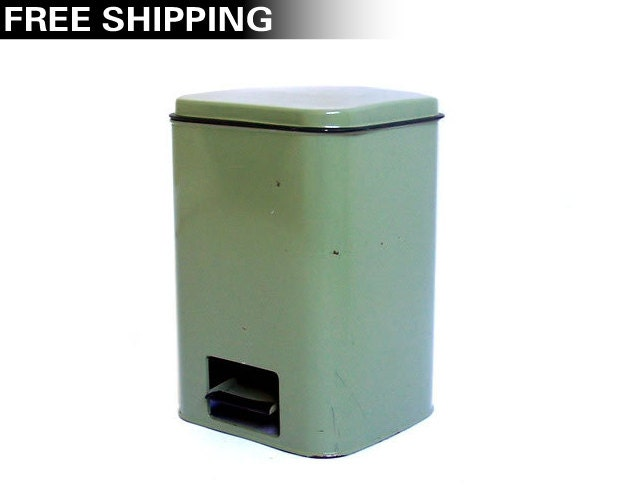 Image Result For Kitchen Garbage Cans With Lids