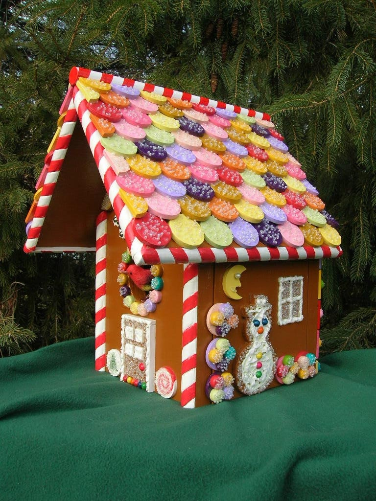 "Decorative Christmas ""Gingerbread House"" Birdhouse"