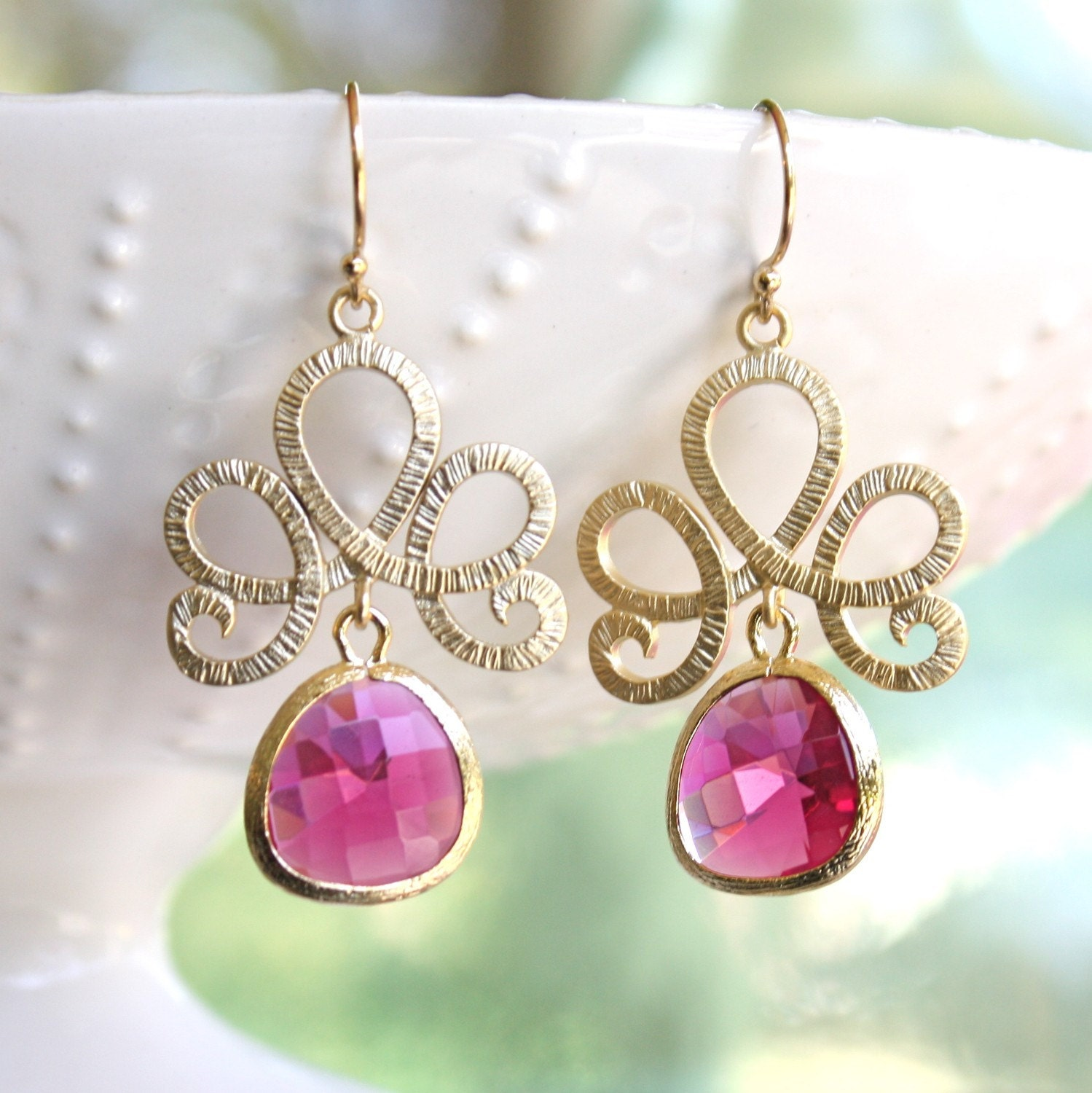 tenthings. lotus. honeysuckle pink. gold. earrings.