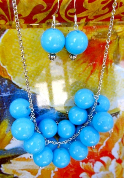Blue Savannah gumdrop  necklace and earring set