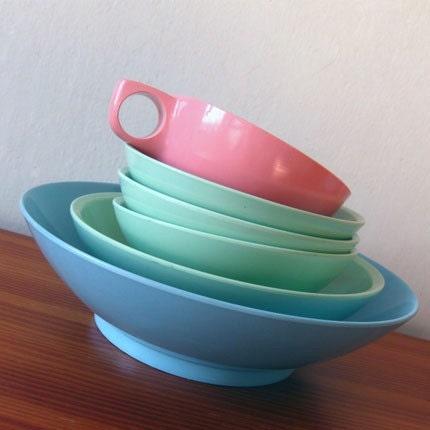 6pc Vintage Pastel Boontonware Melamine Dish Set