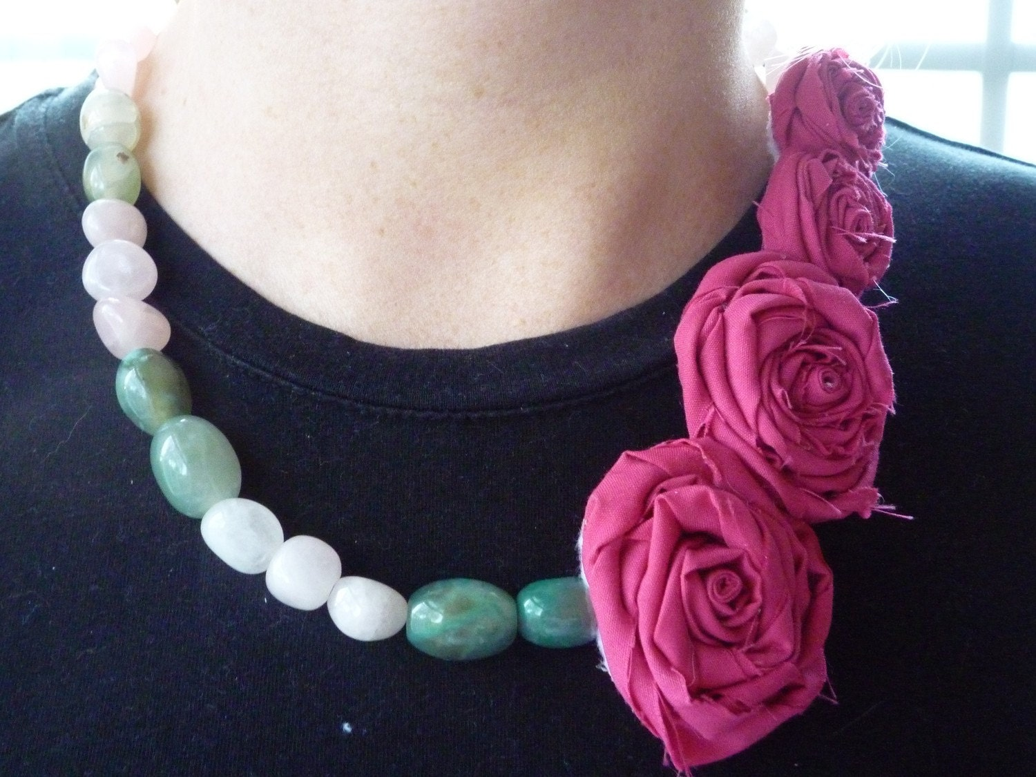 Beautiful Pink Roses Necklace