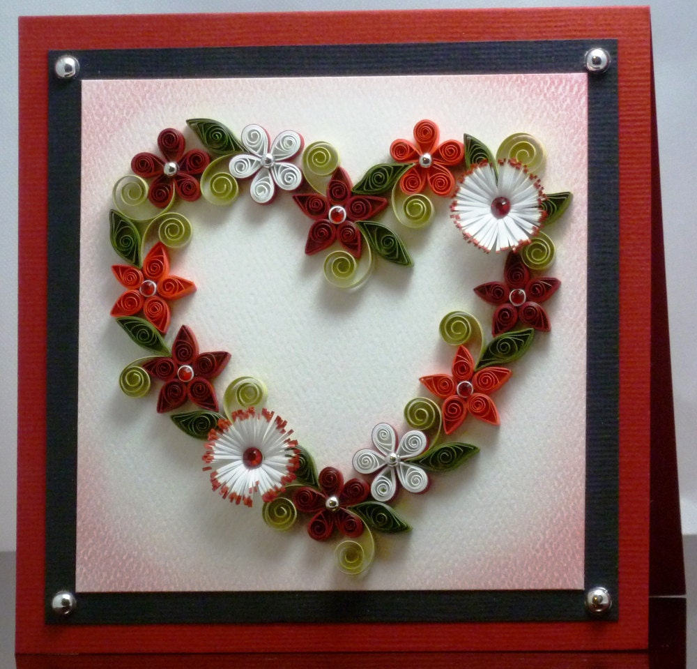 Quilled Floral Heart Wreath Pattern