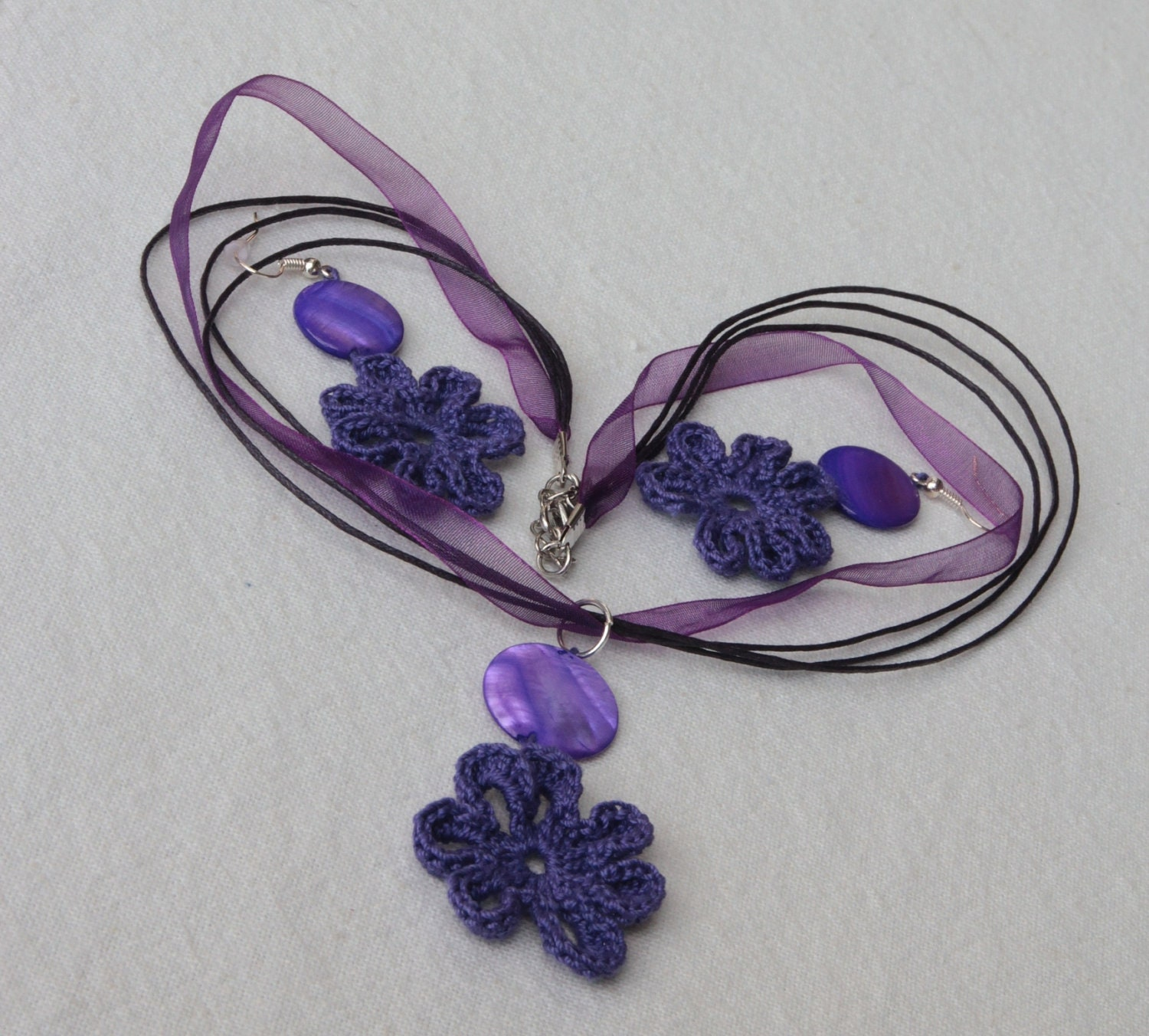 SALE - Violet crochet flower necklace and earrings with mother of pearl beads - IzabelkasJewelry
