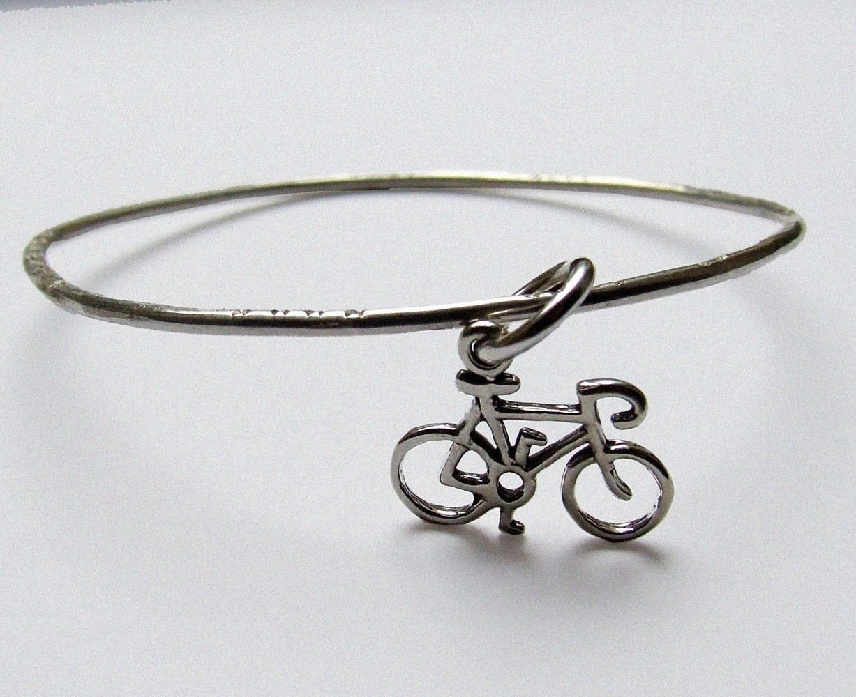 Sterling silver bangle with bycicle - Keep moving