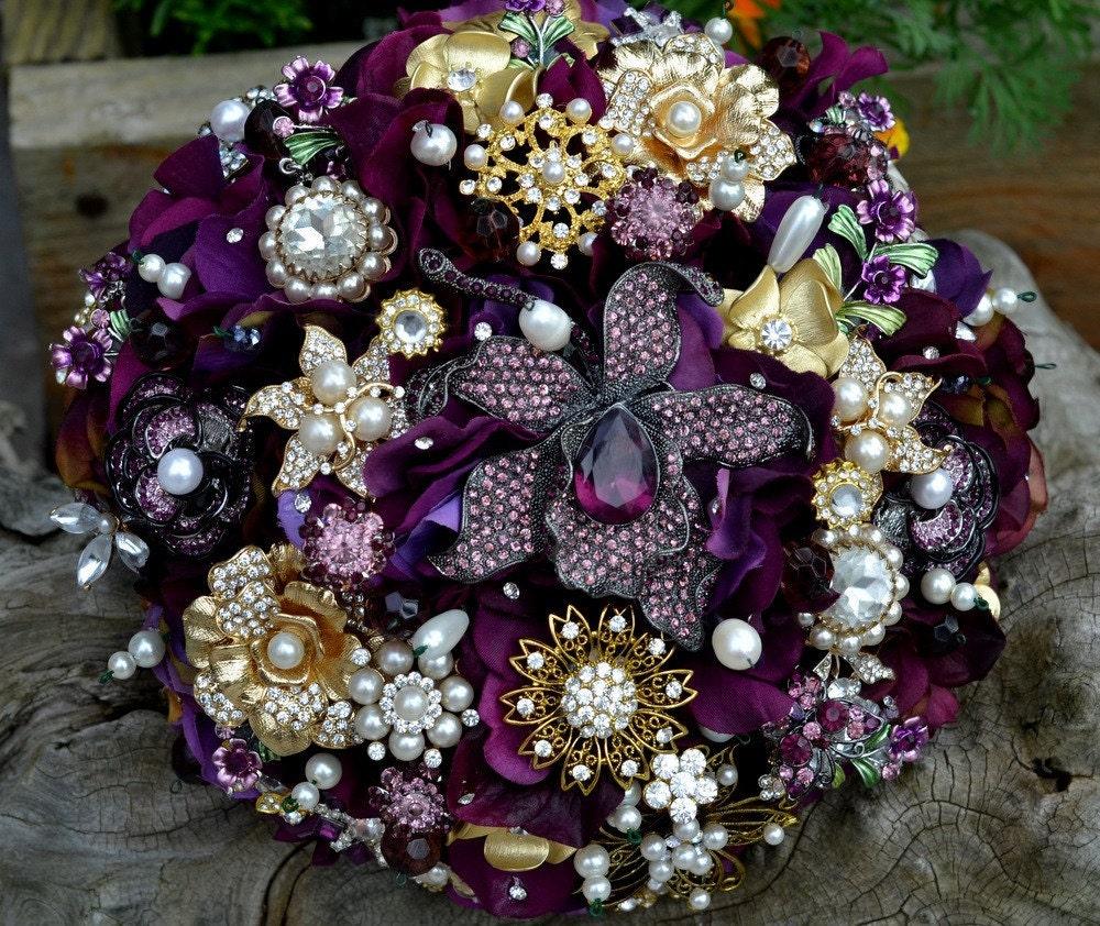 Custom heirloom amethyst brooch bouquet