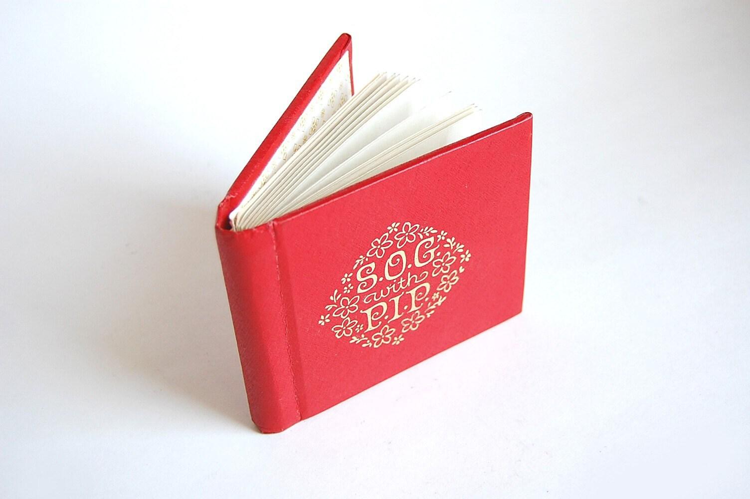 Mini Photo Album Brag Book . SOG with PIP