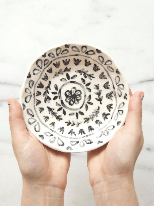 Ceramic trinket dish - leahgoren