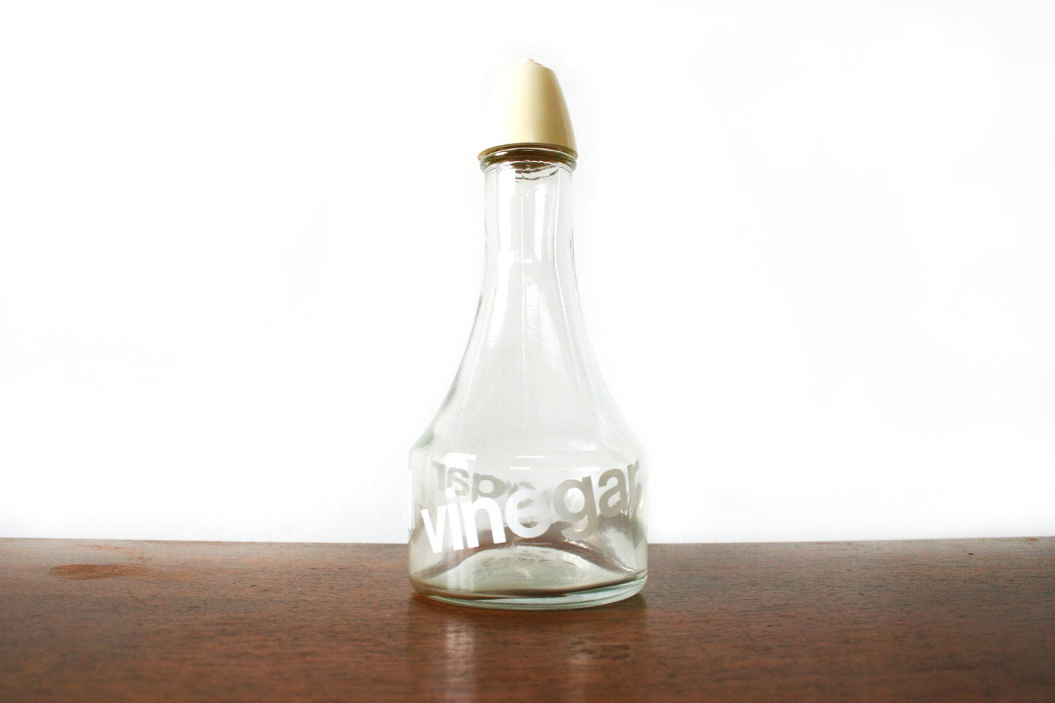 Retro American Vinegar and Oil bottle 1960s - Thrifters