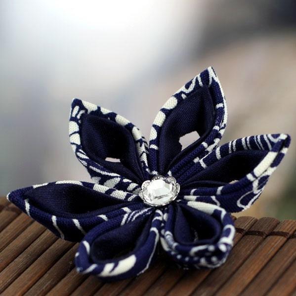 Navy Star -  Tsumami Style Brooch