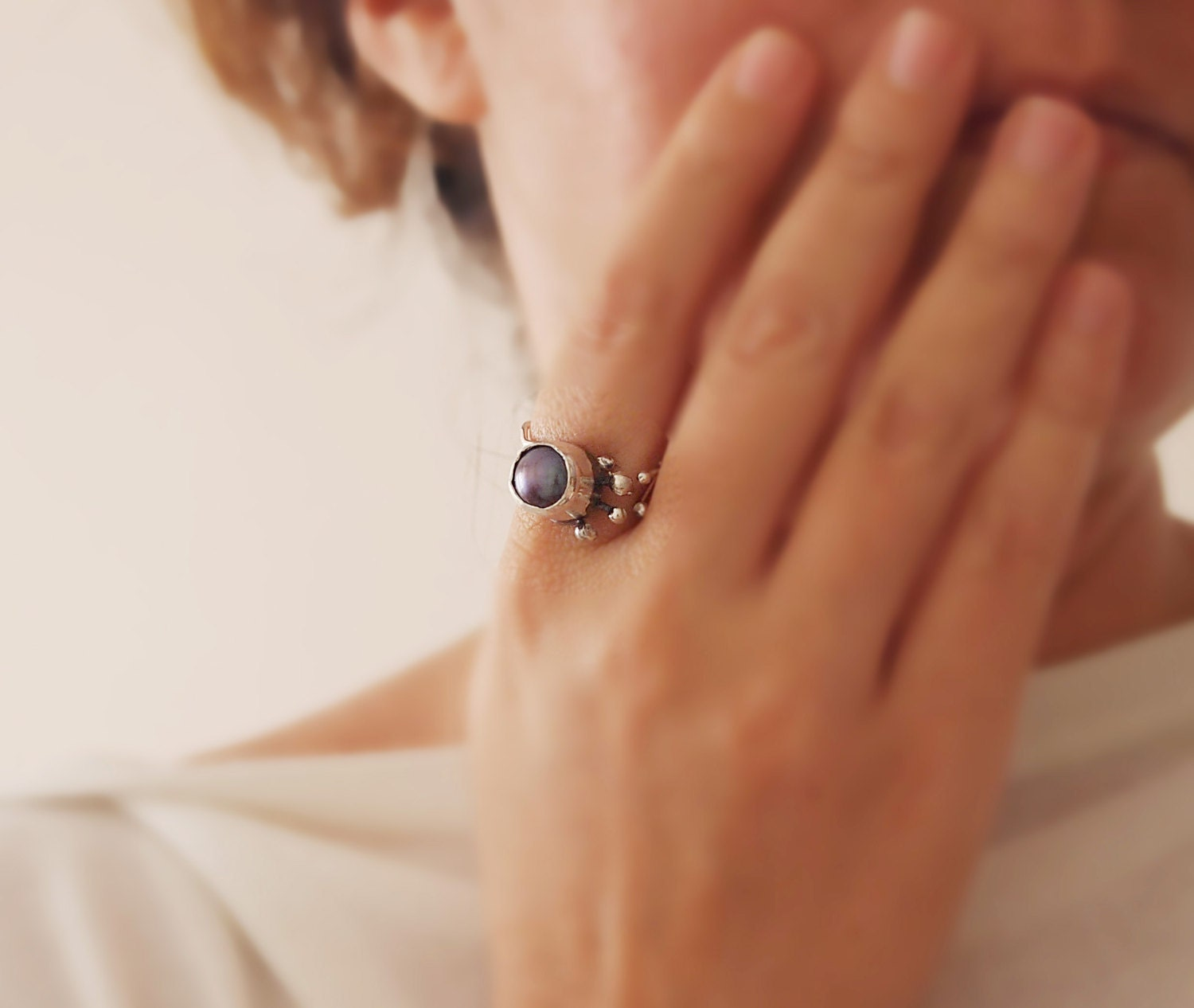 Black Pearl Ring - 925 in Silver - Modern Art Jewelry - Adjustable - Hands Collection- Ready to Ship - serpilguneysu