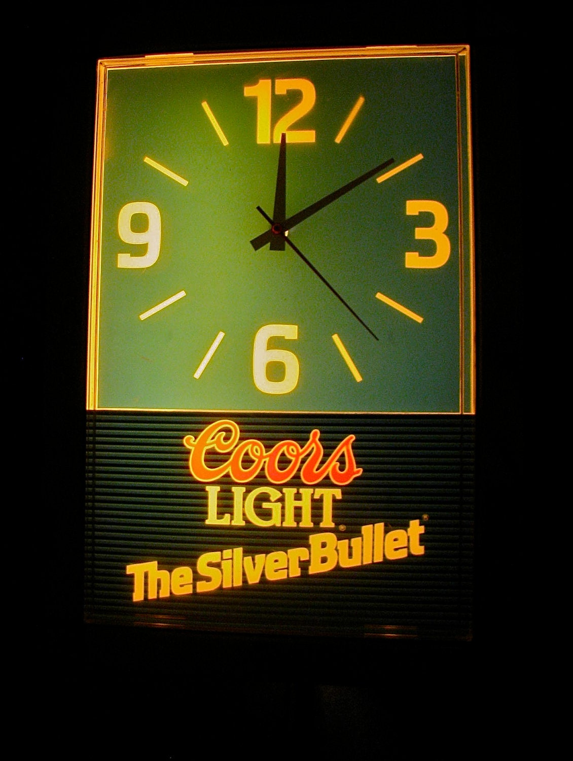 Vintage Coors Light Lighted Beer Clock Bar By Downthepipelines