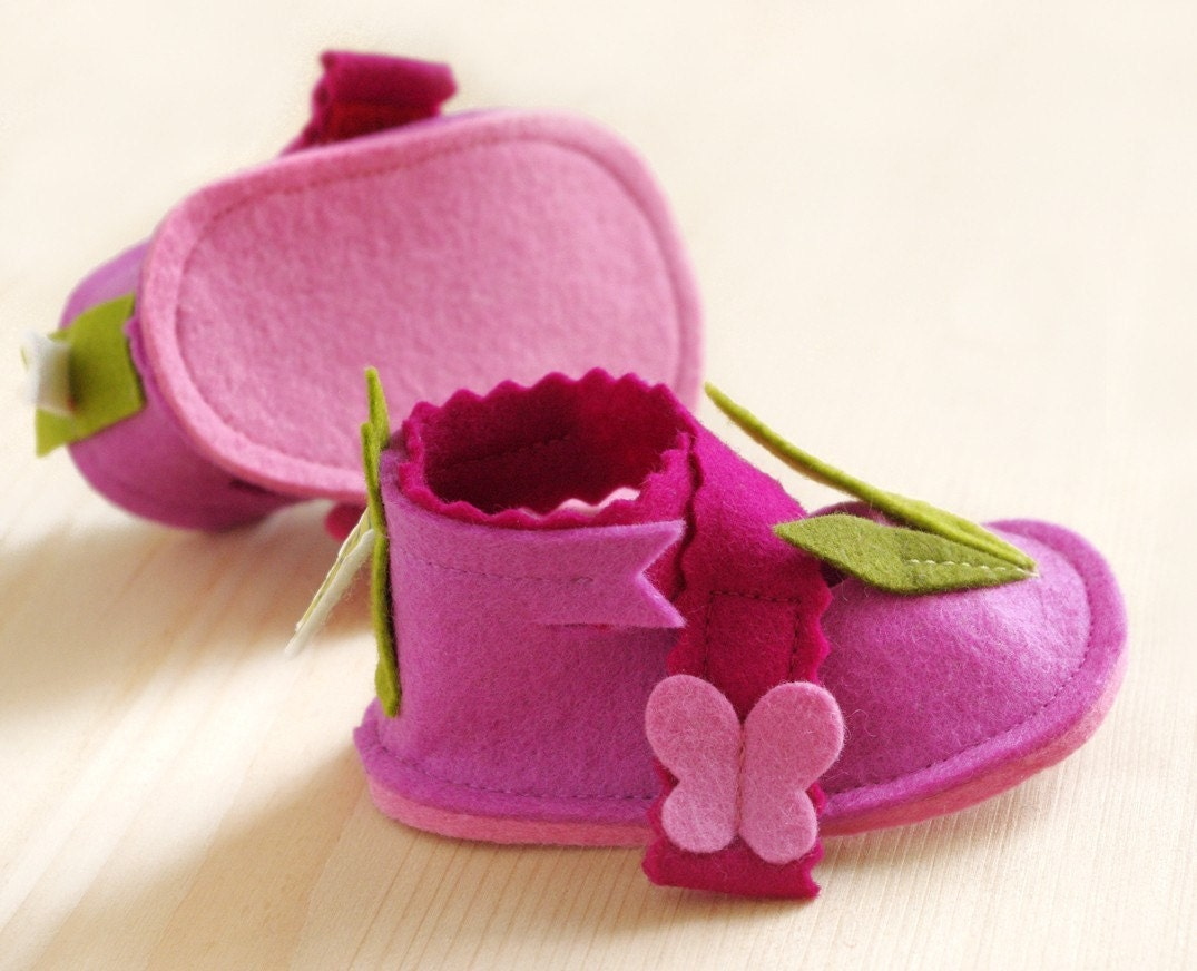 Pink baby booties LaLa Rose romantic maryjane shoes - pure wool felt baby girl booties with butterflies & leaves