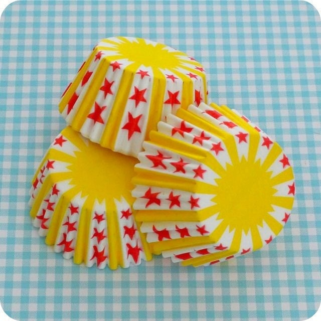48 Stars and Yellow Stripes Circus Cupcake Liners
