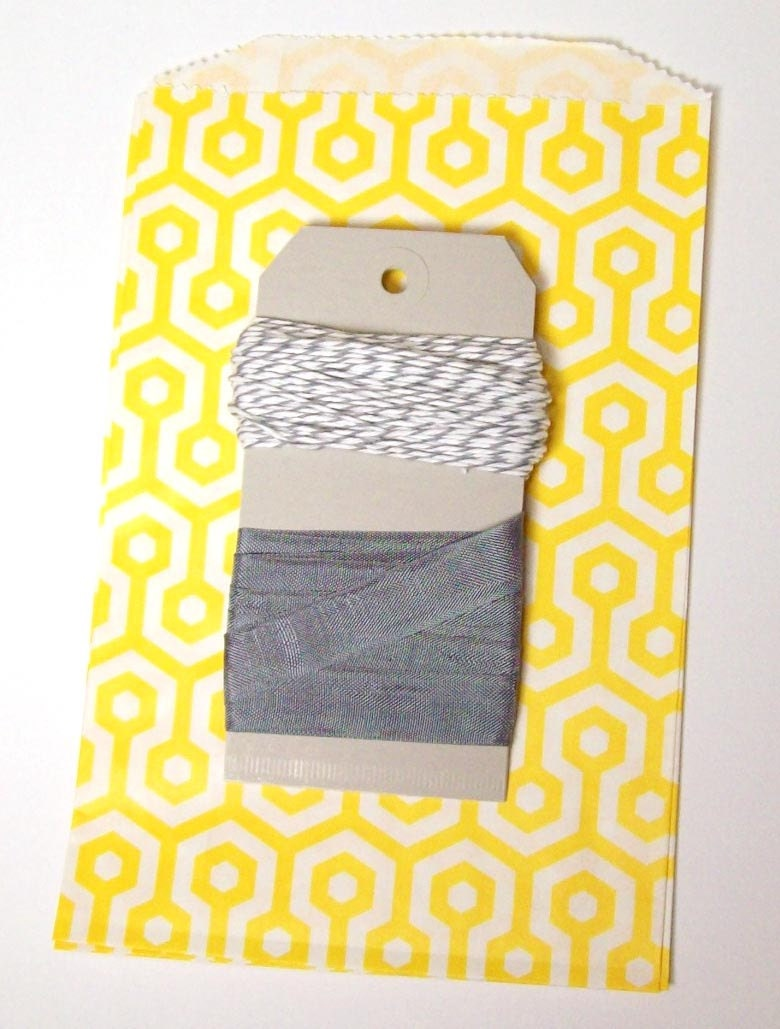 Yellow and Grey Honeycomb bag, Twine, and Seambinding set with grey tags