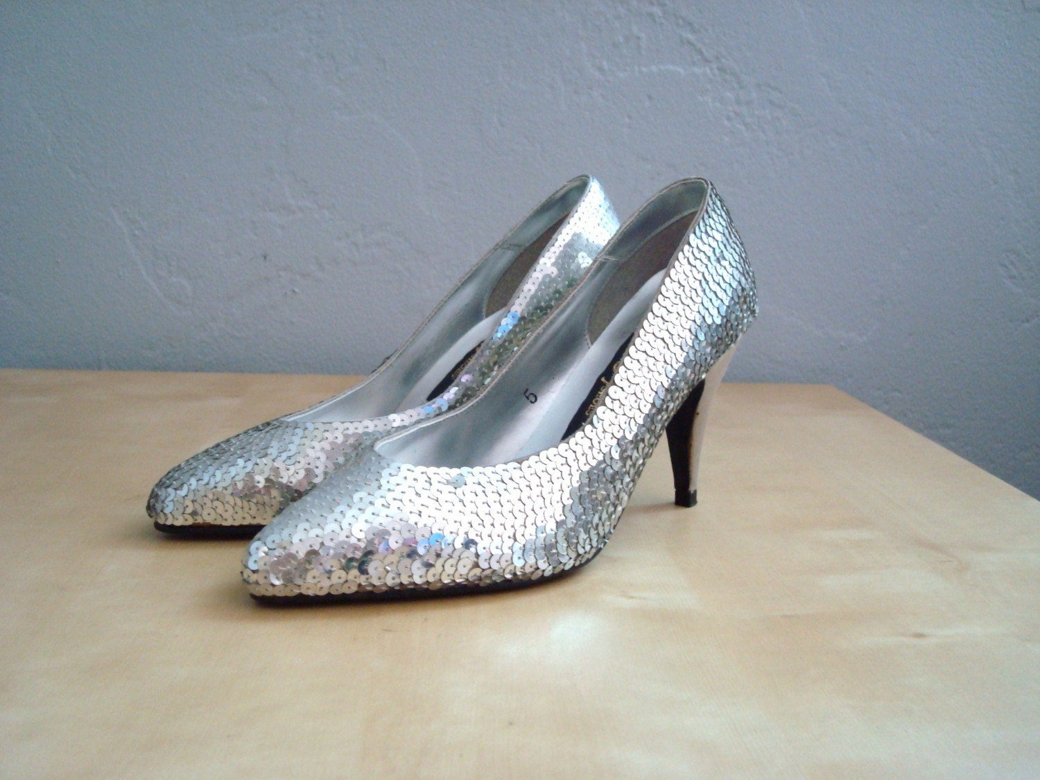 Vintage DIVA GLAM Pumps 5