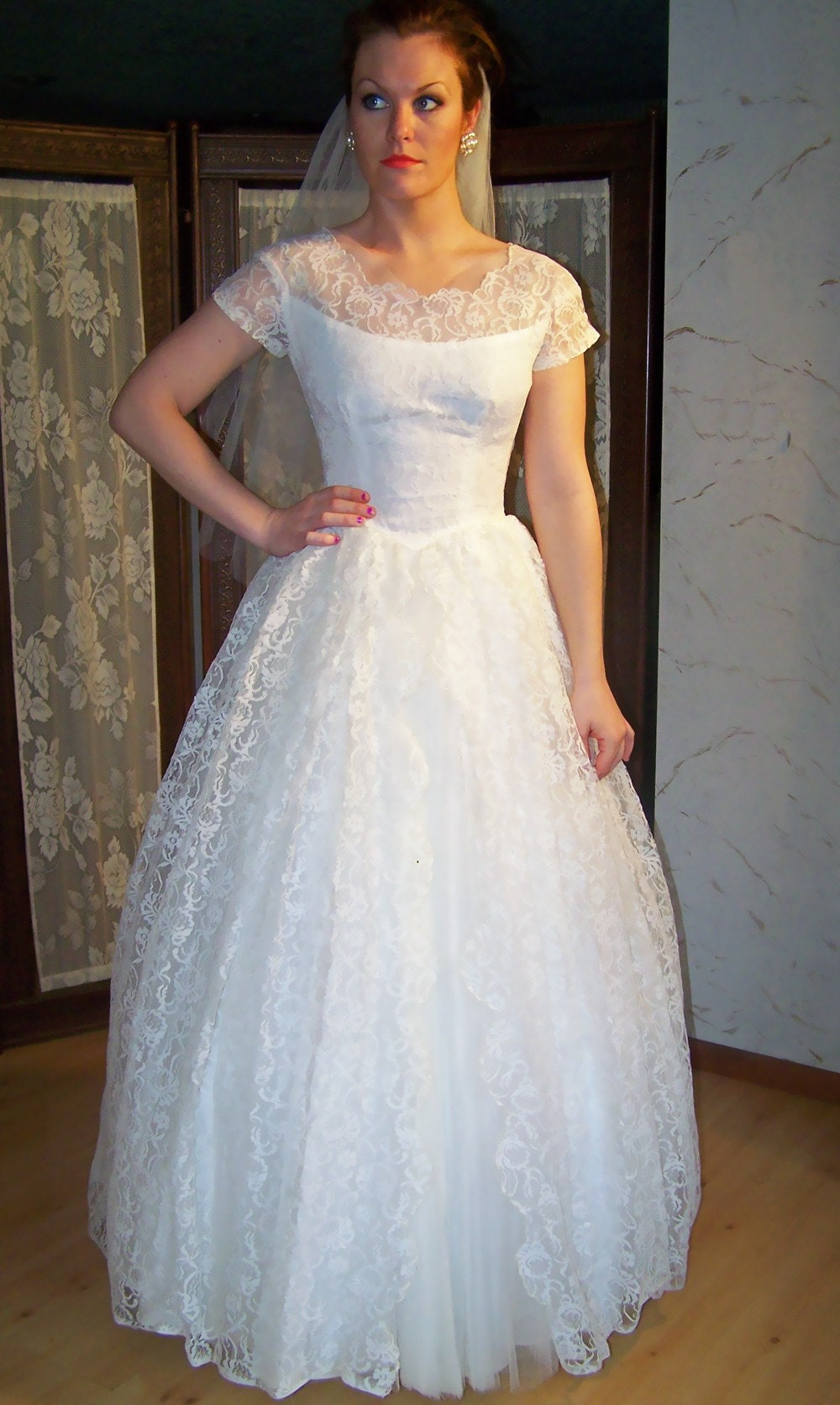APRIL LOVE 1950s WHITE VINTAGE WEDDING GOWN WITH CHANTILLY LACE WITH TULLE PLEATING ACCENT