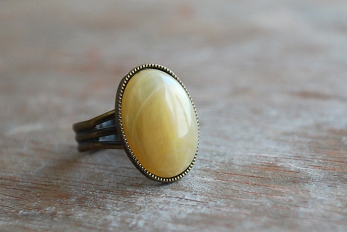 "Dusty Yellow  """"  Adjustable oval Ring / Yellow Mustard Amber / Vintage inspired - picturing"