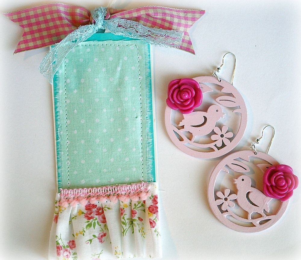This earrings and gift tag set is 40% off of $12.95 - what a deal!