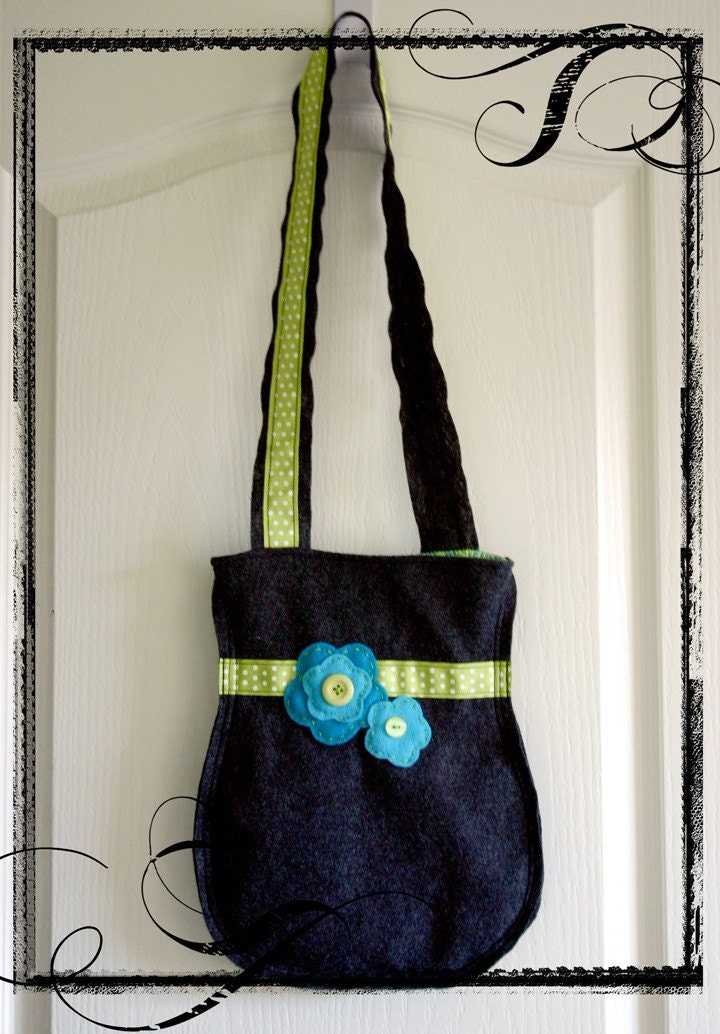 Sweet Kettle Handbag - Turquoise Flower