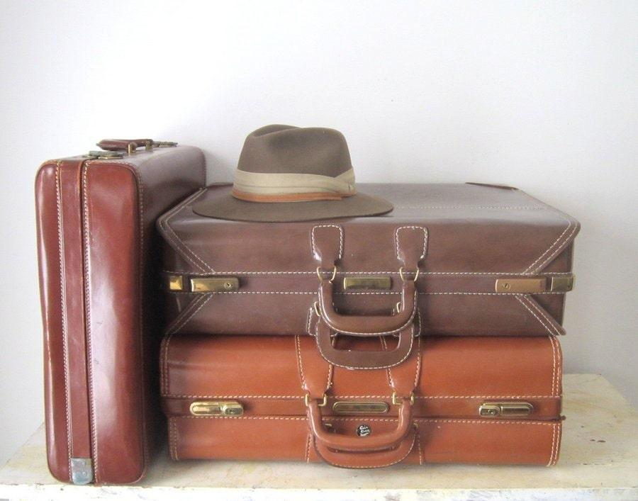 Vintage looking luggage