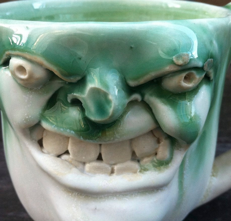 Angry Boxin' Guy, Green Mug