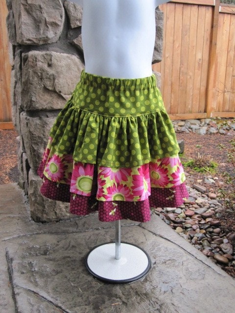 Spring 2010---THE BEES KNEES---3 tiered twirl skirt--6m to 12y