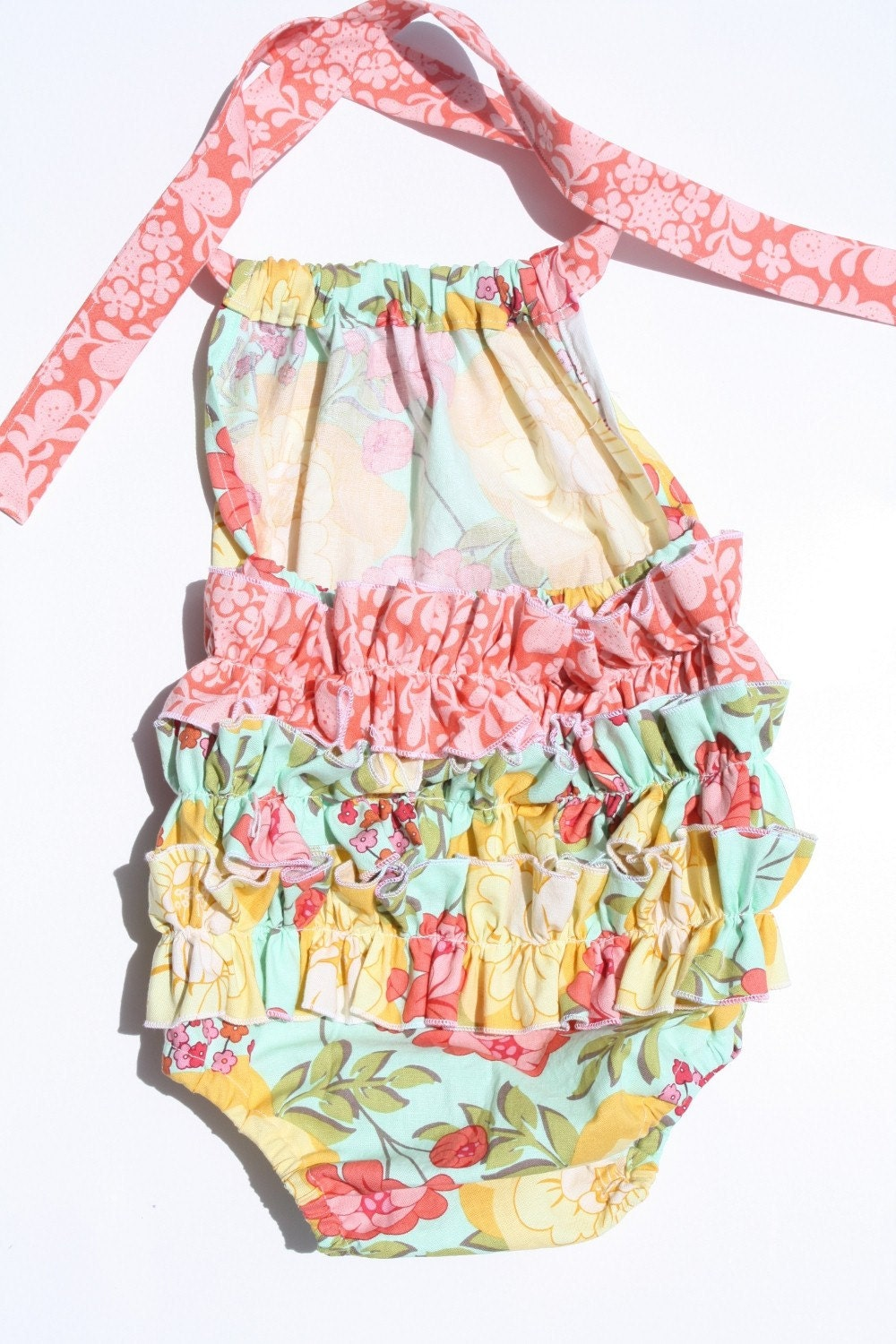 Be interested in other easy baby dress romper tutorials too thanks
