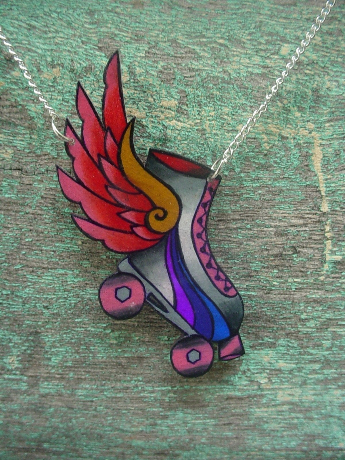 roller dreby skate with hot pink wings necklace by wickedminky. Black Bedroom Furniture Sets. Home Design Ideas
