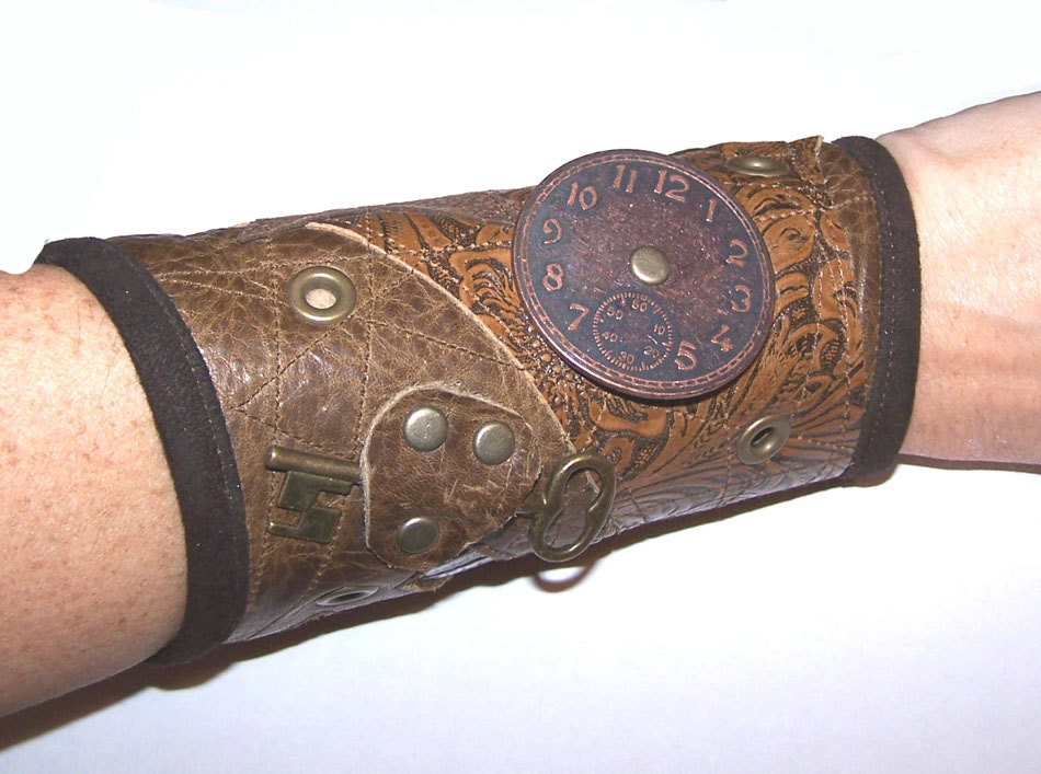 Darkwear Clothing Multi leather Steampunk Wrist Cuff 7 1/4 - 8 in - Darklysewn