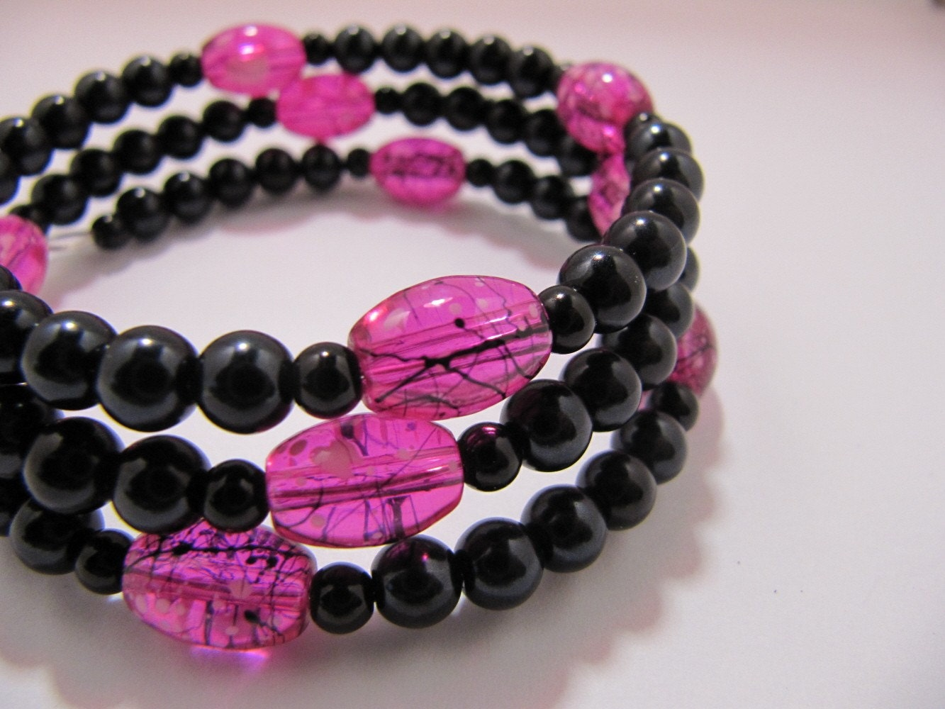 Pink and Black Pearl Memory Wire Bracelet