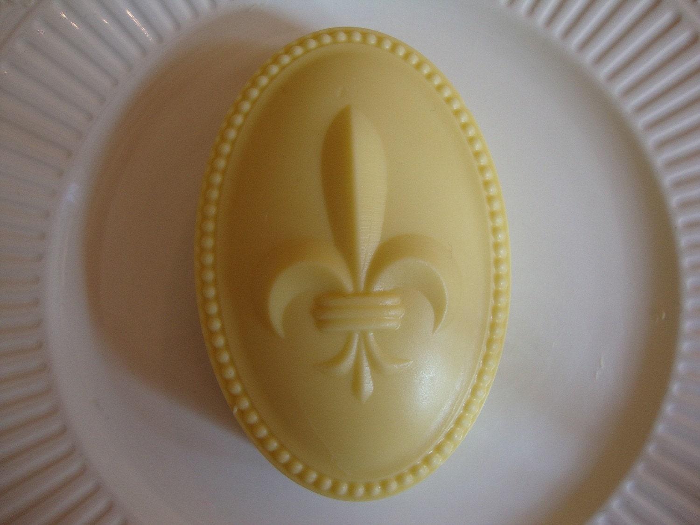 Fleur de Lis Soap (Exotic Vanilla scent)