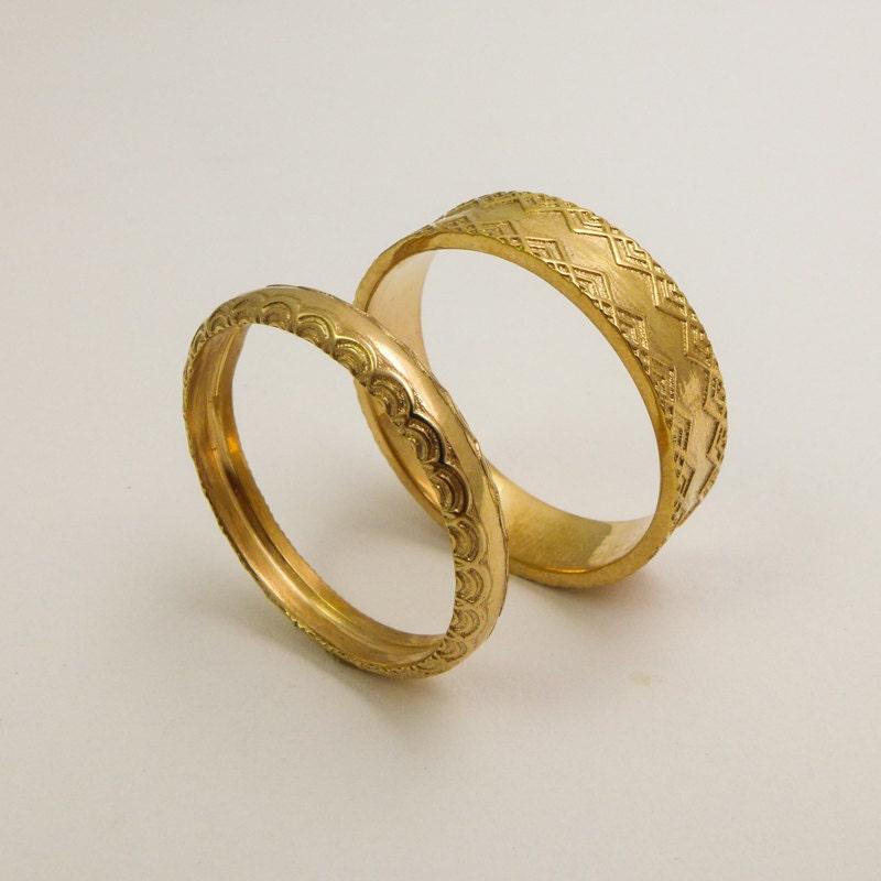Wedding bands for men white gold diamonds  Cartier