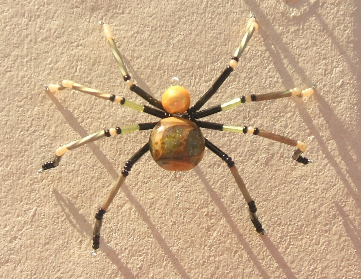 Green Kissed Sanstone - Spider